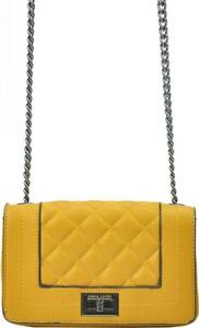 Żółta torebka Pierre Cardin na ramię mała pikowana