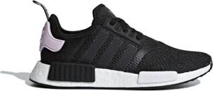 Czarne buty sportowe Adidas w sportowym stylu sznurowane nmd
