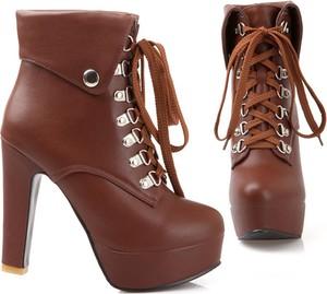 425292363267a buty na obcasie jesienne - stylowo i modnie z Allani