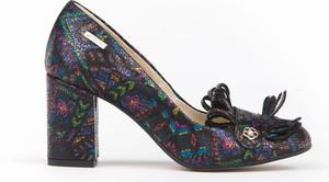 Czółenka Zapato z okrągłym noskiem z zamszu w stylu klasycznym