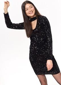Czarna sukienka Troll z długim rękawem