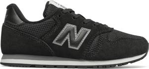 Czarne buty sportowe New Balance z płaską podeszwą 373 w młodzieżowym stylu