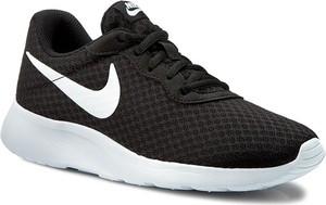 Czarne buty sportowe Nike z płaską podeszwą sznurowane tanjun