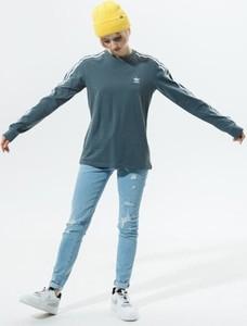 Niebieska bluzka Adidas z okrągłym dekoltem