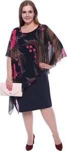 Sukienka modneduzerozmiary.pl z długim rękawem midi