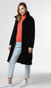 Czarny płaszcz Hugo Boss