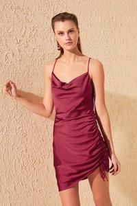 Sukienka Trendyol na ramiączkach mini