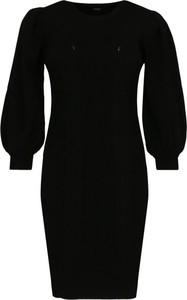 Sukienka Guess z długim rękawem midi
