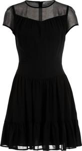 Czarna sukienka Calvin Klein z okrągłym dekoltem mini rozkloszowana