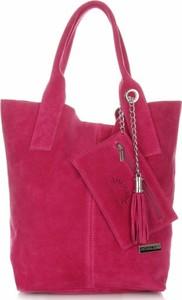 Różowa torebka VITTORIA GOTTI na ramię w wakacyjnym stylu duża