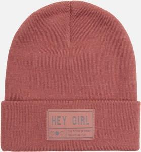Różowa czapka Cropp