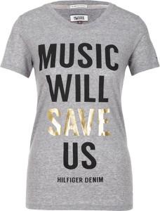 T-shirt Hilfiger Denim z krótkim rękawem w młodzieżowym stylu z dzianiny