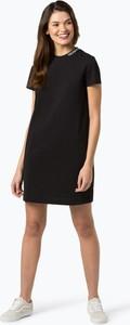 Czarna sukienka Calvin Klein midi z krótkim rękawem z okrągłym dekoltem