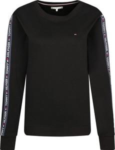 Czarna bluza Tommy Hilfiger w stylu casual