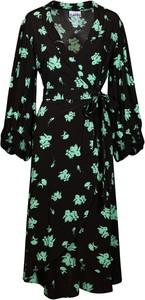 Sukienka Ganni w stylu casual z dekoltem w kształcie litery v midi