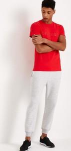 Czerwony t-shirt Diverse z bawełny