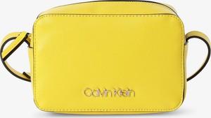 Żółta torebka Calvin Klein na ramię mała