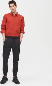 Czarne jeansy Cropp z jeansu