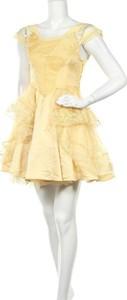 Żółta sukienka Disney z okrągłym dekoltem mini rozkloszowana