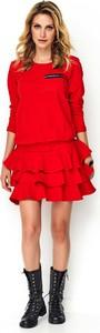 Czerwona sukienka Makadamia z bawełny z okrągłym dekoltem rozkloszowana