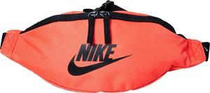 Czerwona torba Nike