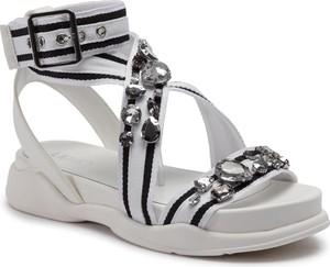 58f8e950d1b34 Białe buty damskie Liu-Jo, kolekcja wiosna 2019