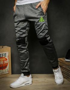 Spodnie sportowe Dstreet z nadrukiem