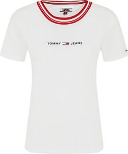 T-shirt Tommy Jeans w młodzieżowym stylu z okrągłym dekoltem