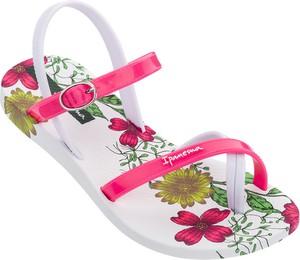 Różowe buty dziecięce letnie Ipanema w kwiatki na rzepy dla dziewczynek