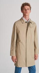 Brązowy płaszcz męski Reserved