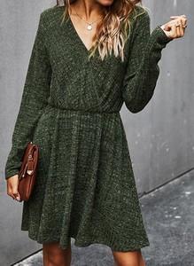 Zielona sukienka Cikelly w stylu casual mini
