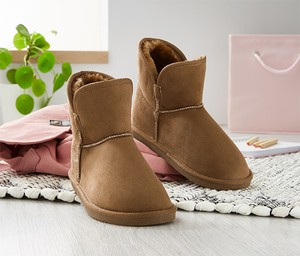 Buty dziecięce zimowe Tchibo na rzepy z zamszu