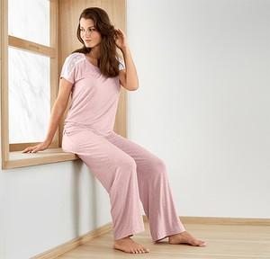 Różowa piżama Tchibo w stylu casual