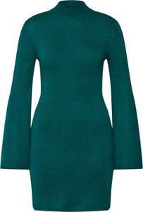 Zielona sukienka Bardot mini w stylu casual z dzianiny