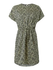 Sukienka ARMEDANGELS prosta z okrągłym dekoltem z krótkim rękawem