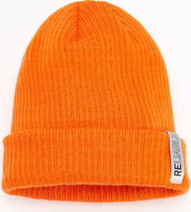 Pomarańczowa czapka Reserved