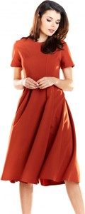 Sukienka Awama z krótkim rękawem z okrągłym dekoltem