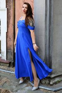 Sukienka Marka Polska z dekoltem w kształcie litery v