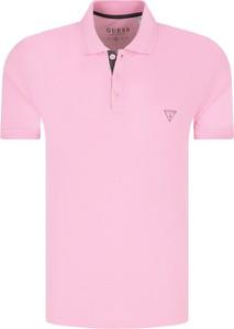 Różowa koszulka polo Guess z krótkim rękawem
