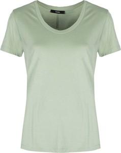 Zielony t-shirt ubierzsie.com z krótkim rękawem w stylu casual z okrągłym dekoltem