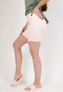 Różowe szorty Olika w stylu casual