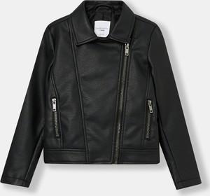 Czarna kurtka dziecięca Sinsay