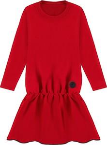 Czerwona sukienka Dream Dress z okrągłym dekoltem z długim rękawem