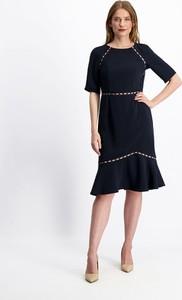 Czarna sukienka Lavard z tkaniny