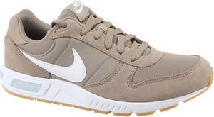 Buty sportowe Nike z zamszu w sportowym stylu