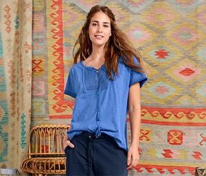 Niebieska bluzka Tchibo z krótkim rękawem