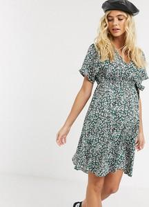 New Look Maternity – Kolorowa kopertowa sukienka mini z drobnym kwiatowym nadrukiem-Wielokolorowy
