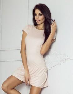 Różowa sukienka Ivon mini z krótkim rękawem