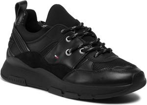 Sneakersy Tommy Hilfiger na platformie