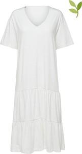 Sukienka Selected Femme z dekoltem w kształcie litery v w stylu casual z krótkim rękawem